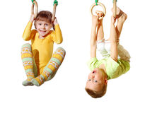 children-playing-exercising-gymnastic-rings-29480371[1]